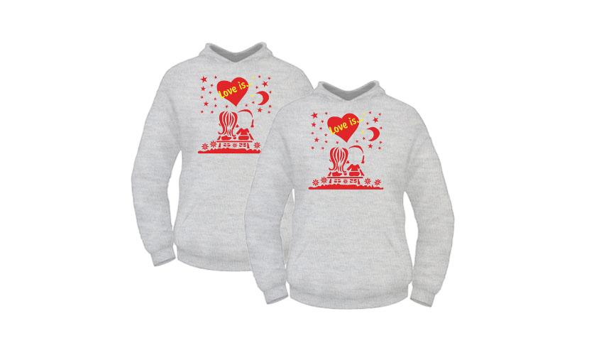 Фото молодежных толстовок с яркими принтами серии Love is… для пары